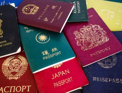 ¿Conoces el motivo de los distintos colores que tienen los pasaportes?