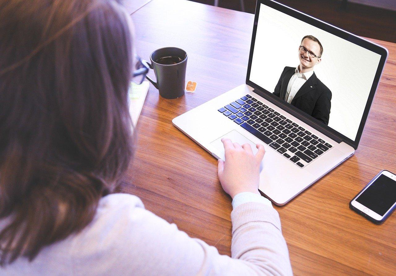 Experiencias atractivas en reuniones virtuales